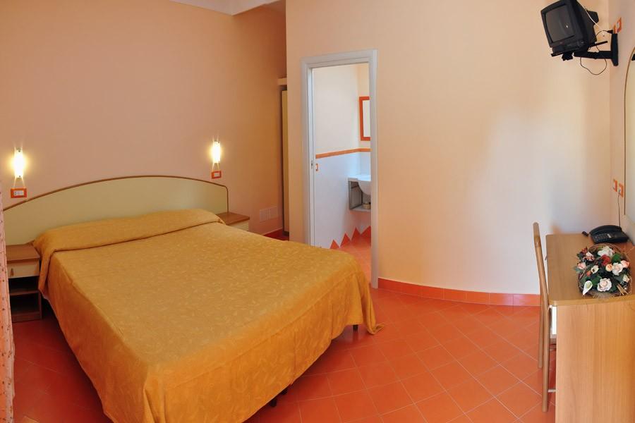 Hotel villa sirena sant angelo d ischia - Puzza dallo scarico bagno ...